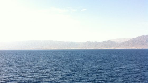 海の国境越え。